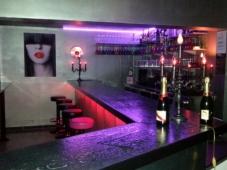 113-avenue-bar-1