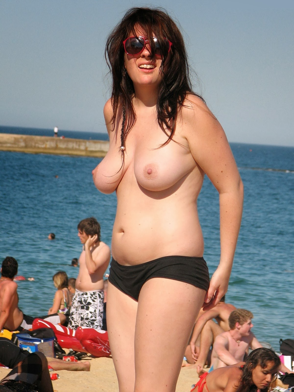 chubby-mother-topless-college-girl-pussy-sex-photo