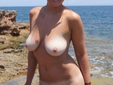 Belle paire de nibards - Sexe plage