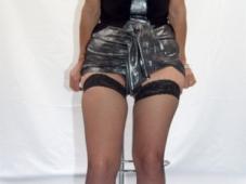 Salope mature jupe sexy