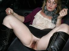 Vieille chatte poilue - Femme offerte