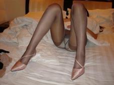 Jambes écartées - Femme mariée