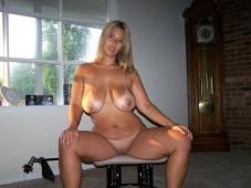 Grosse paire de seins - Photo bandante
