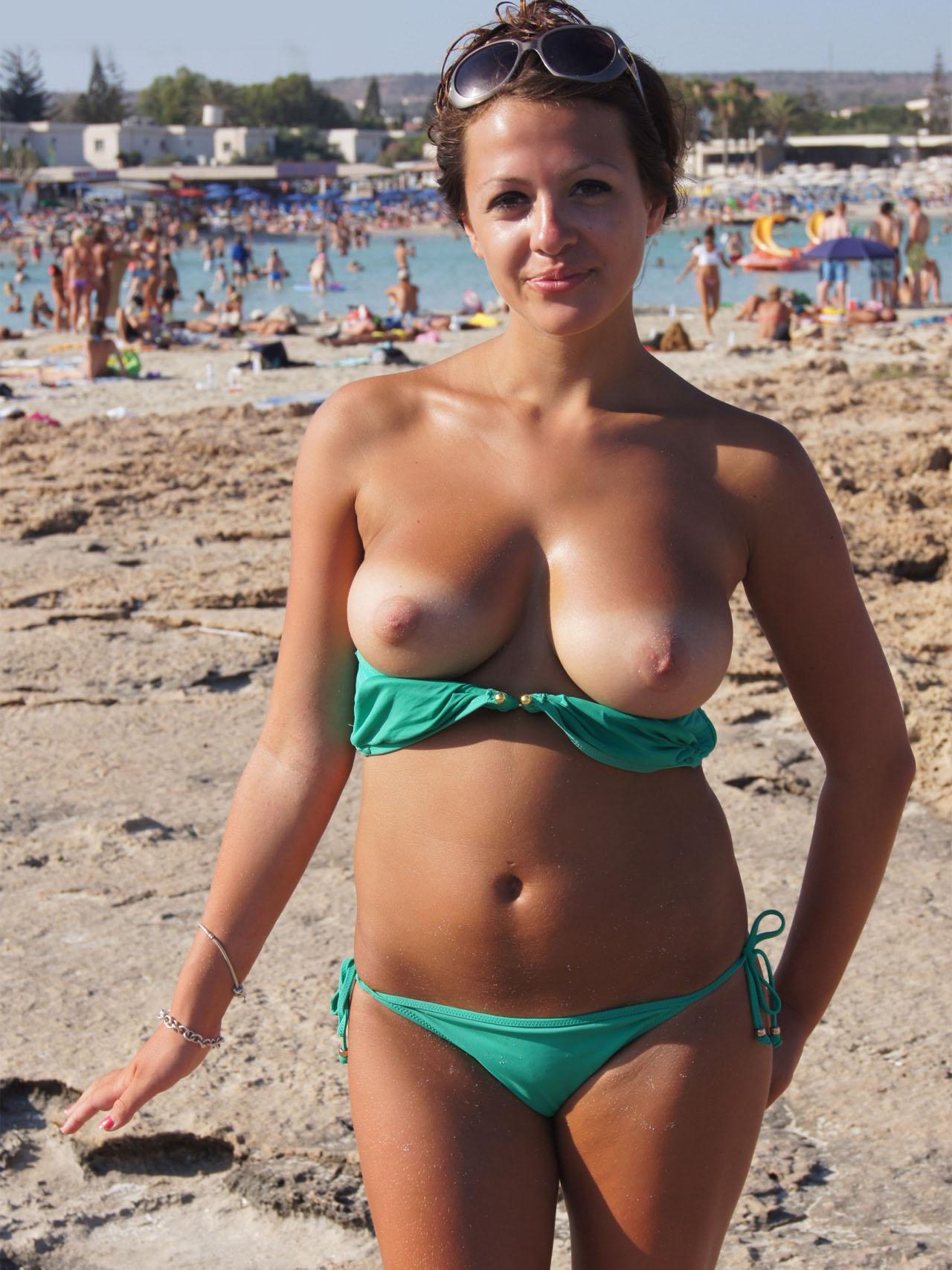 Average girls naked pics-5793