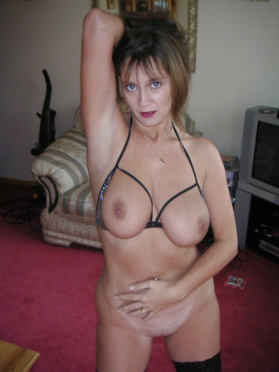 video femme mure femme escorte