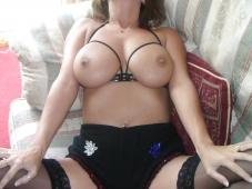 Gros seins sexy - Femme mûre nue