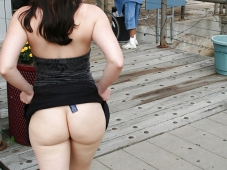 Beau cul dans la rue