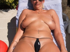 Gros seins - Femme mature