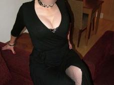 Robe fendue et sexy - Femme infidèle