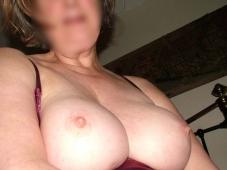 strasbourgeoise libertine avec des jolis seins ronds