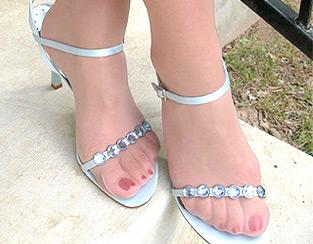 Pieds sexy en collants et chaussures à talon