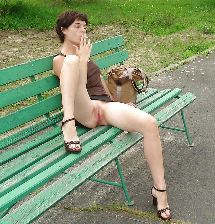 Amateur threesome wife joins
