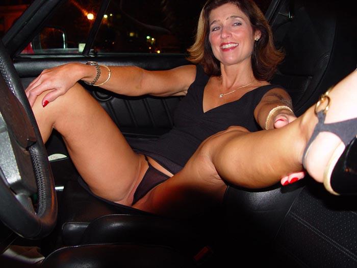 Cougar - Femme offerte
