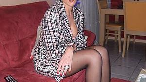 Sexy en paire de collants et robe courte