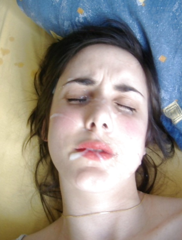 Éjaculation faciale amateur - photo perso