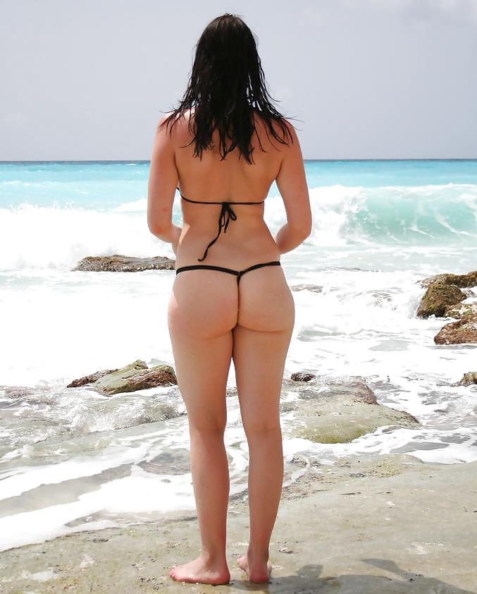Beau cul à la plage