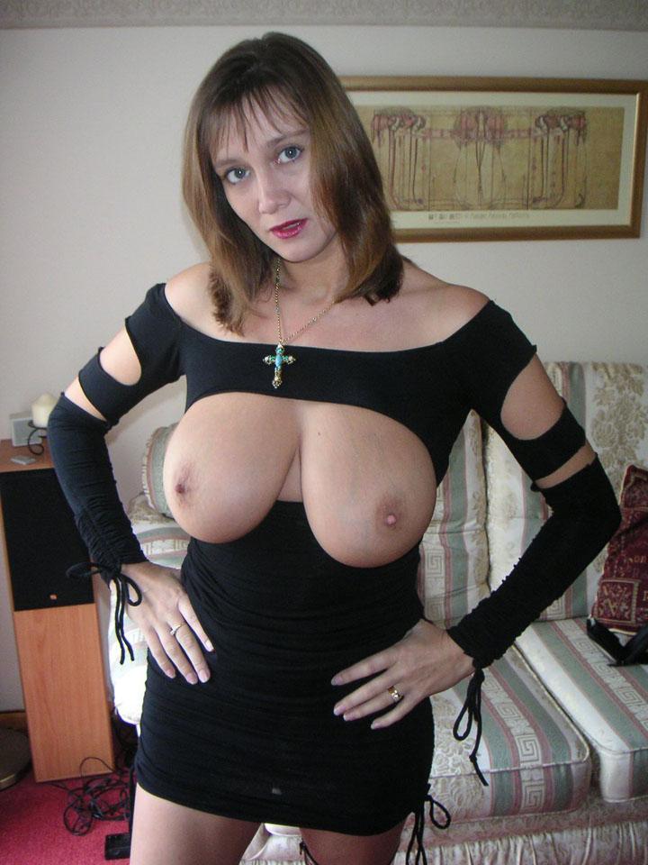 Gros seins naturels - Photo cougar