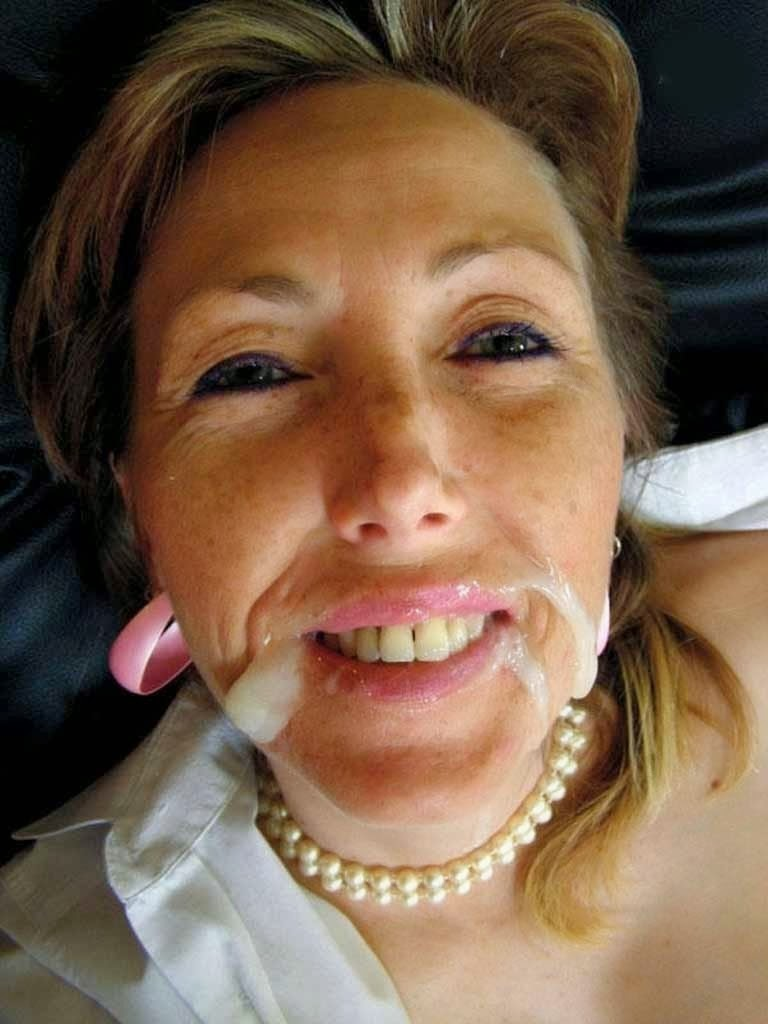 Éjaculation faciale - Photo cougar
