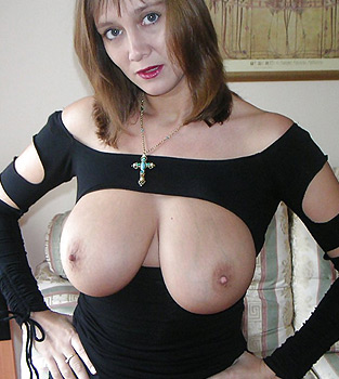 Femme mûre gros seins