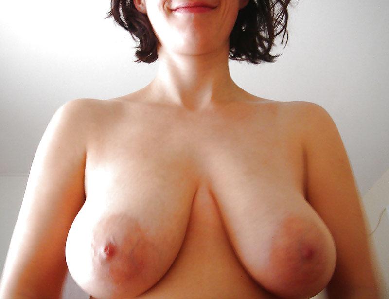 Les gros seins d'Annick (couple libertin à Paris)