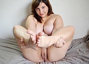 Belle fente et gros seins - contribution sexy