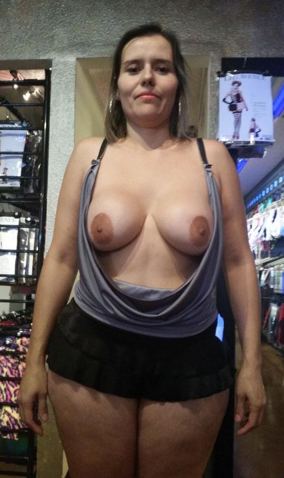 exhib-sexshop5