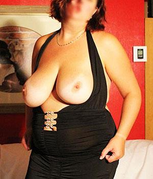 Femme à grosse poitrine sur Caen