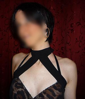 Femme seule cherche une sortie en club à Lille (59)